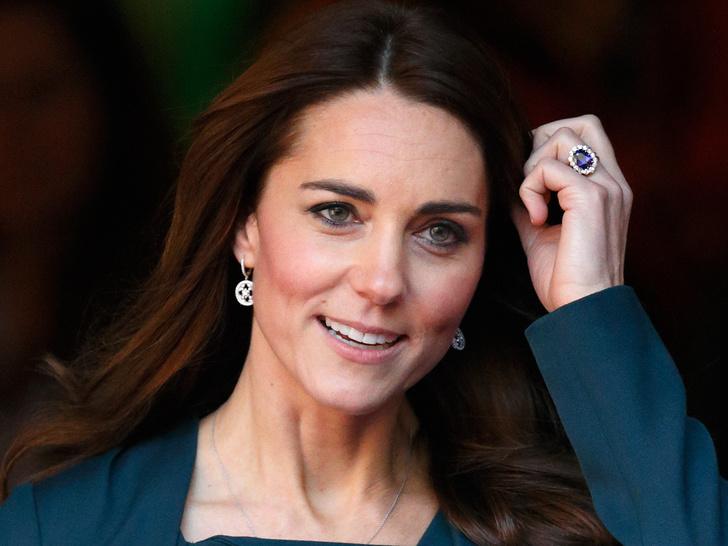 Фото №2 - Королевская сокровищница: самые дорогие украшения герцогини Кейт