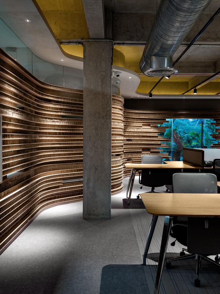 Фото №2 - Офис с картонными перегородками в Индии