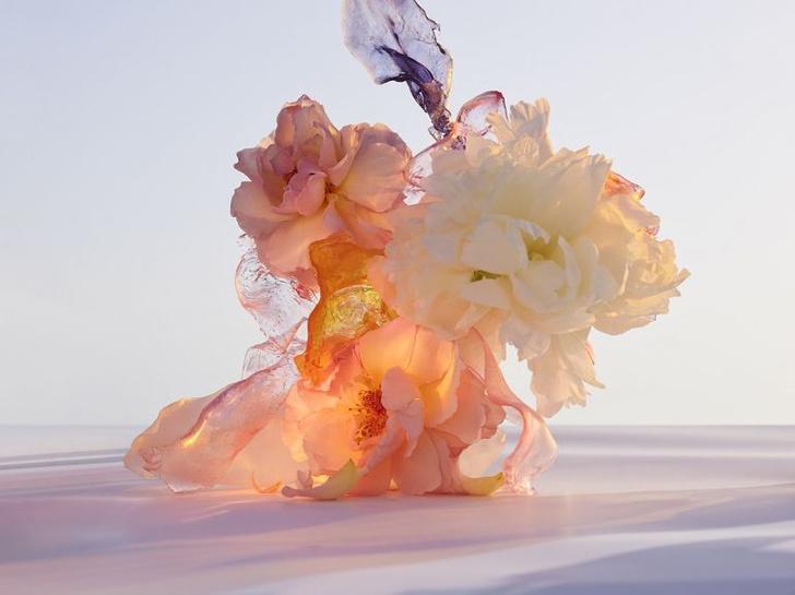 Фото №2 - Большой всплеск: флаконы Фрэнка Гери для ароматов Louis Vuitton