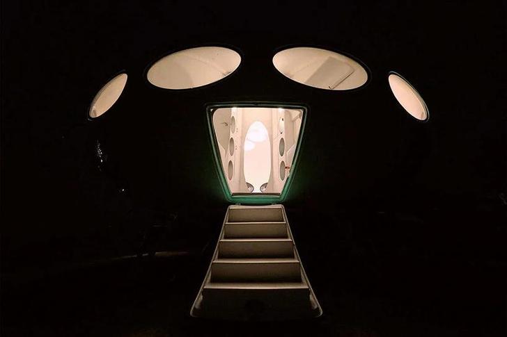 Фото №7 - Ретрофутуристичный дом в английском парке (кстати, сдается в аренду)
