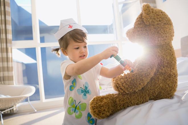 Фото №2 - Доктор Комаровский: о прививках, простудах и отпуске с ребенком