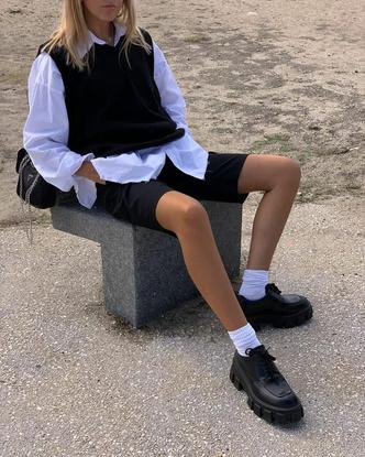 Фото №2 - Заставляют носить школьную форму? Смотри, как все равно выглядеть модной каждый день