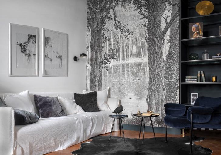Фото №1 - Черно-белая квартира с панорамными обоями