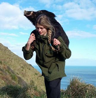 американка берет на охоту 4-летнюю дочь