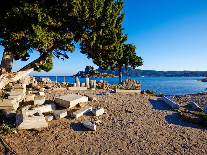 Фото №3 - 4 места в Греции, где идеально отдыхать семьей этим летом