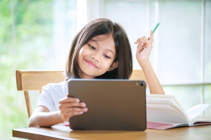 Фото №2 - Как мотивировать ребенка на учебу: 7 советов от эксперта-методиста