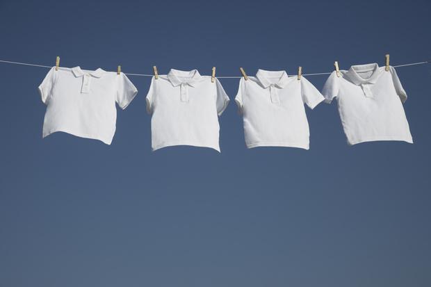 отстирать белую одежду