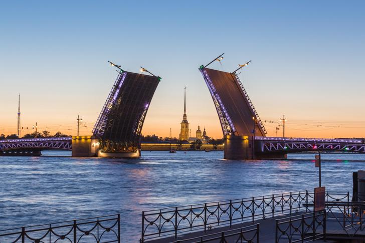 Фото №1 - Архитектурные прогулки: Петербург «спонтанный». Часть первая