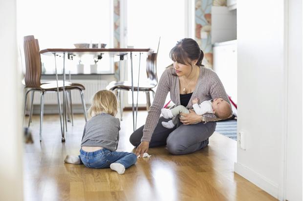 как часто убираться в квартире с ребенком