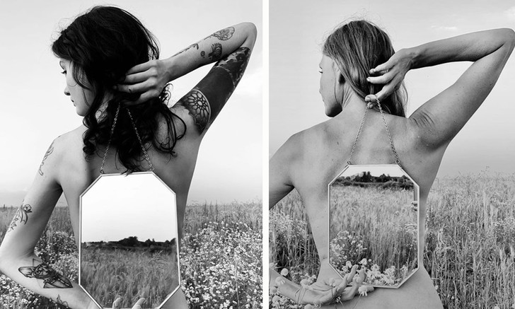 Фото №1 - Актриса Любовь Толкалина и ее дочь сняли друг друга голыми и выложили фотографии