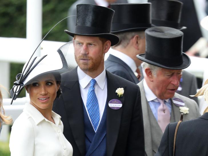 Фото №1 - На карманные расходы: какую сумму Меган и Гарри получают от Чарльза ежемесячно