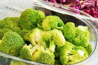 Фото №1 - Пробуем цветную капусту и брокколи