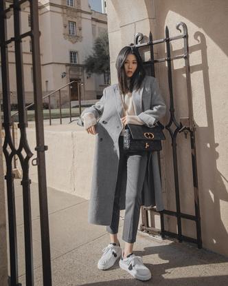 Фото №8 - С чем носить базовый джемпер: примеры стильных образов
