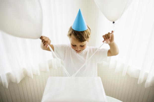 что подарить на день рождения мальчику 4 года