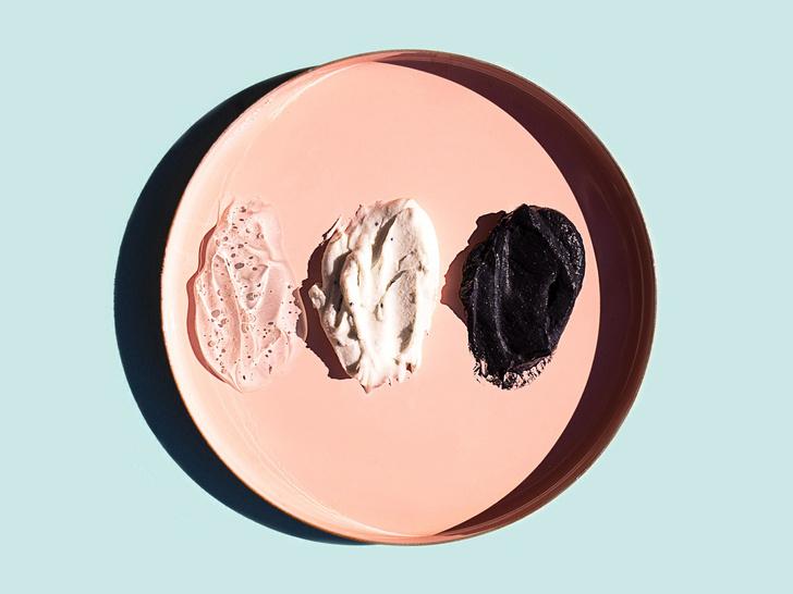 Фото №3 - Особо опасны: 4 компонента в составе косметики, которые старят кожу