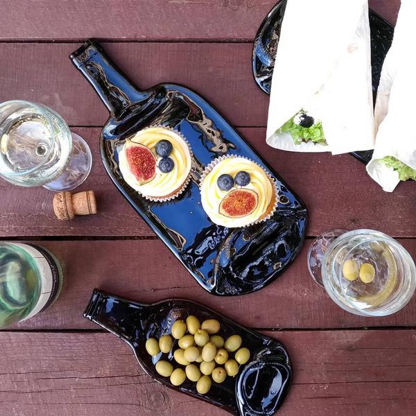 Фото №1 - Второй шанс: петербурженка создает дизайнерскую посуду из бутылок