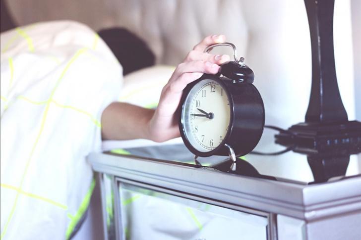 Фото №3 - Как начать легко и быстро просыпаться по утрам