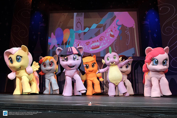 Фото №2 - Новогоднее шоу «Мой маленький пони. «Битва за корону»