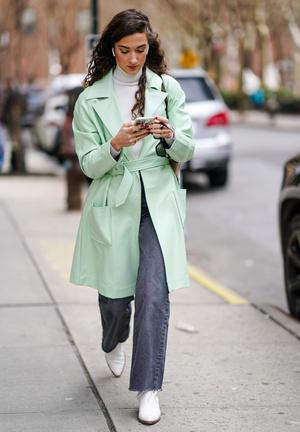 Фото №6 - Пора в пастель: как носить самые нежные оттенки сезона