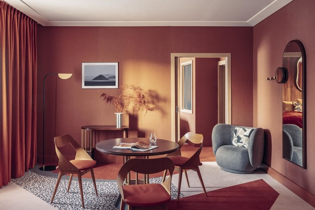 Фото №1 - Яркий дизайн-отель в Париже