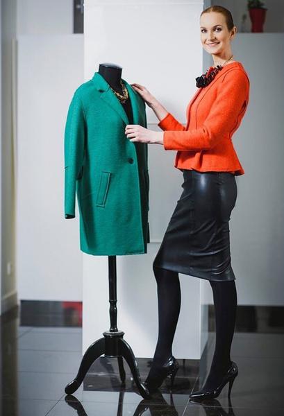 Фото №1 - Таша Строгая показала наряд, который вы не захотите снимать