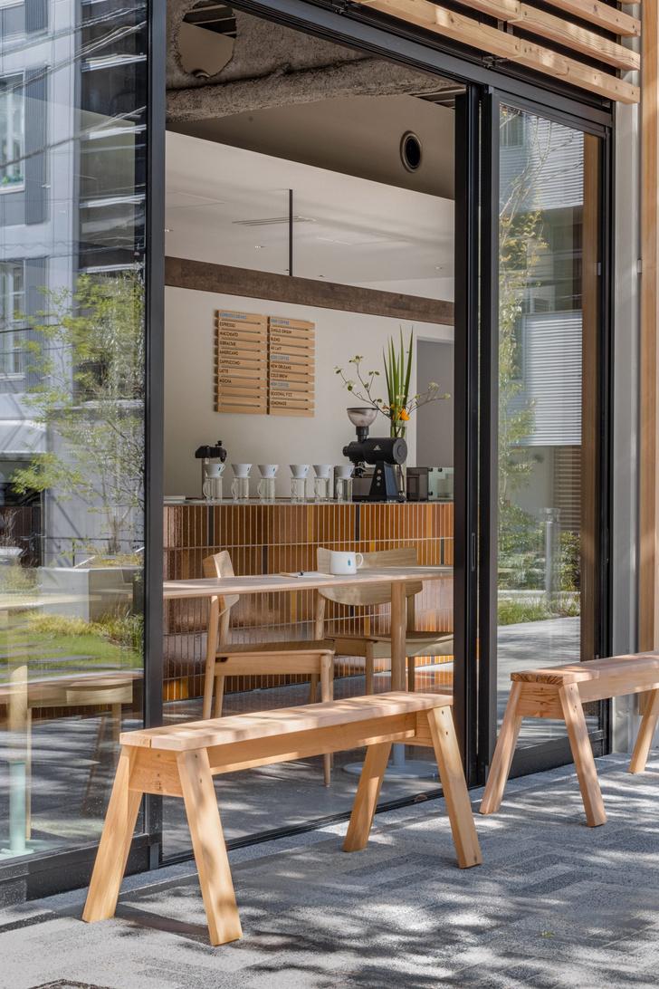 Фото №13 - Минималистское кафе в Токио по проекту Кэйдзи Асизавы
