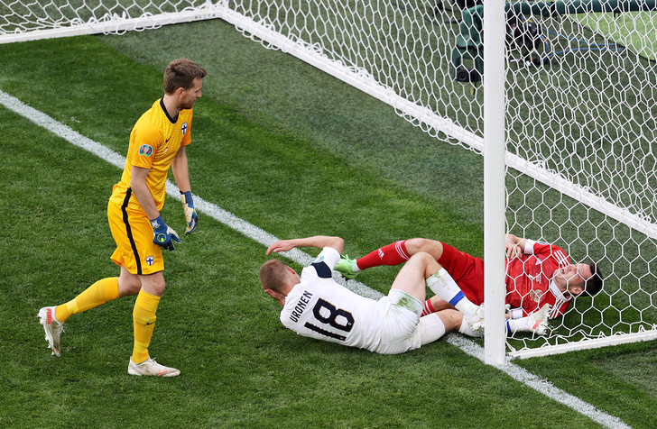 Фото №1 - «Мы забили Караваева в ворота»: матч Россия— Финляндия в шутках и мемах