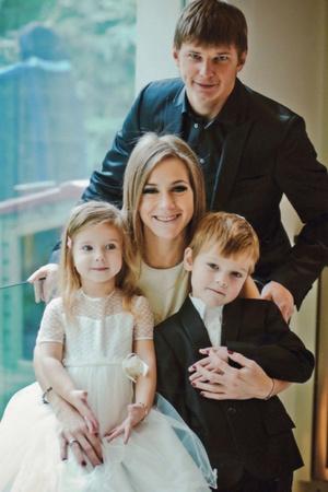 Фото №2 - Свадьбы не будет! Звезды, гражданский брак которых так и не стал официальным