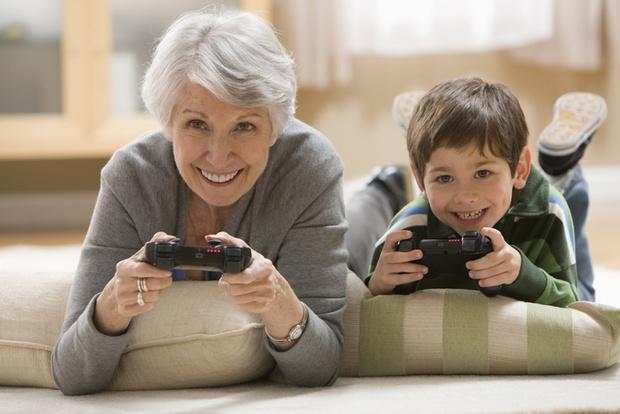 Фото №2 - Твои дети— твои проблемы: бабушка не хочет сидеть с внуком