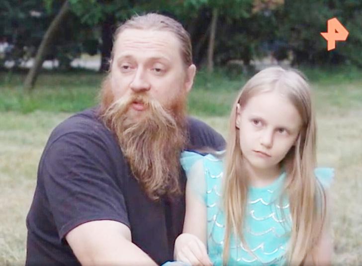 отец 9-летней студентки МГУ заявил об угрозах и травле