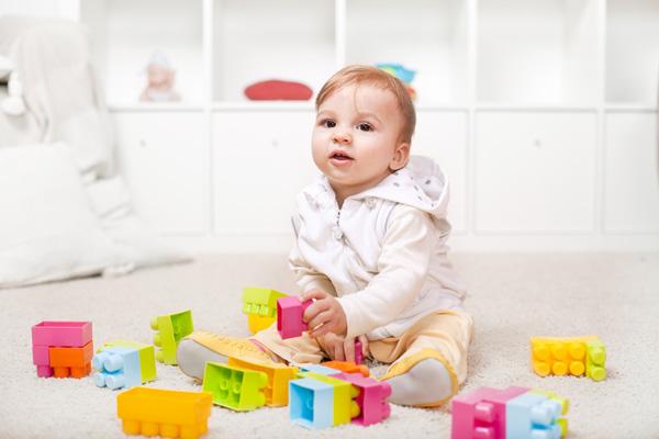 Фото №1 - Играем и развиваемся: малыш от 7 до 9 месяцев