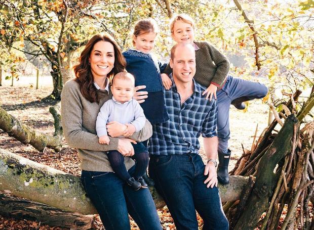 Фото №4 - Перепачканный и счастливый: принцу Луи исполнился годик