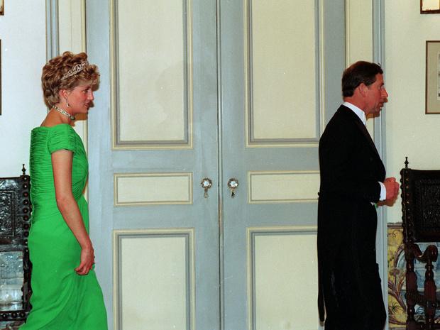 Фото №2 - Мужская месть: что Чарльз хотел забрать у Дианы после развода (и ему это удалось)