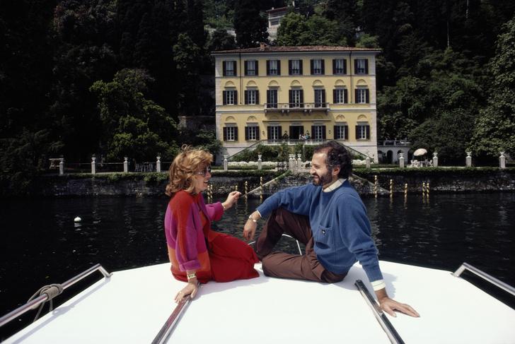 Фото №3 - В стиле Версаче: скромная свадьба Саши Новиковой и Feduk в Москве и роскошная на озере Комо
