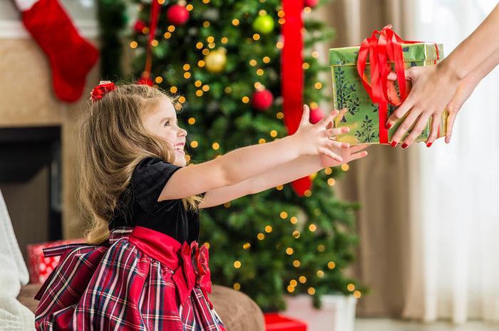 Фото №1 - Семейные традиции: три веских повода научить малыша отмечать праздники