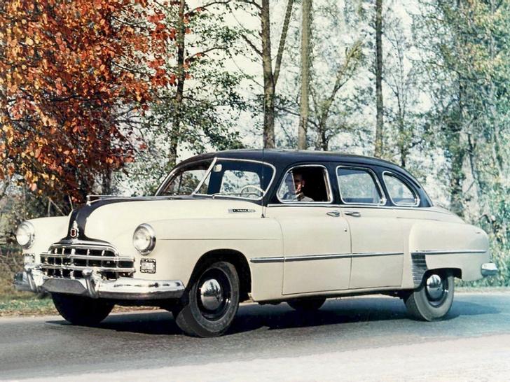 Фото №2 - Знак качества: 5 самых красивых отечественных автомобилей, которые можно было купить