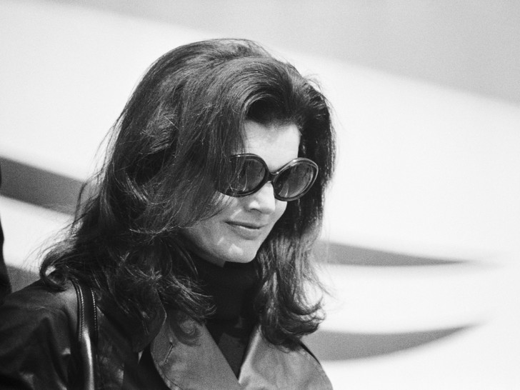 Фото №7 - Модный список Первой леди: любимые бренды Жаклин Кеннеди