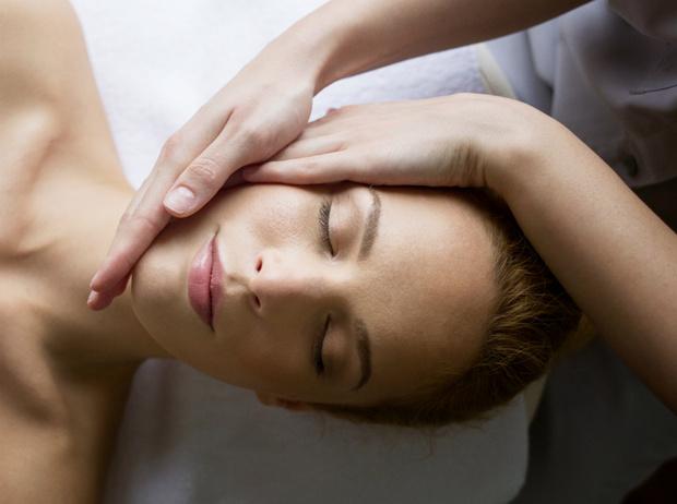 Фото №1 - Что такое хиромассаж, и почему его стоит попробовать (инструкция прилагается)