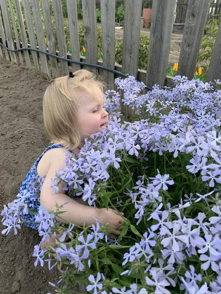 Фото №8 - Дачные радости для малыша: голосуем за самое яркое детское фото