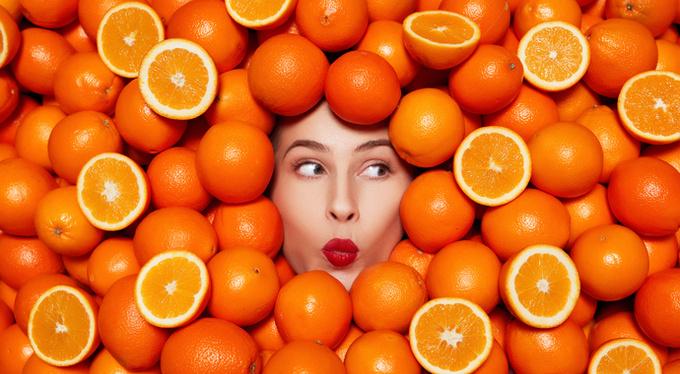 Почему витамин С в уходе за кожей — отличная идея