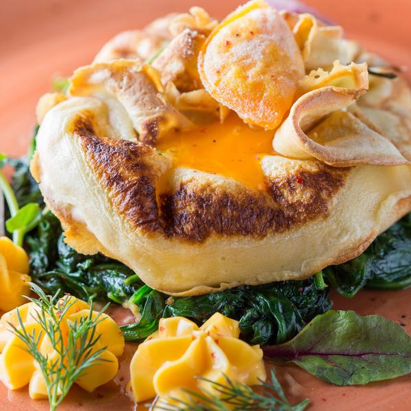 Фото №39 - Морковный пирог, блинный мешочек и кокосовый пудинг: лучшие осенние рецепты от шеф-повара CulinaryOn