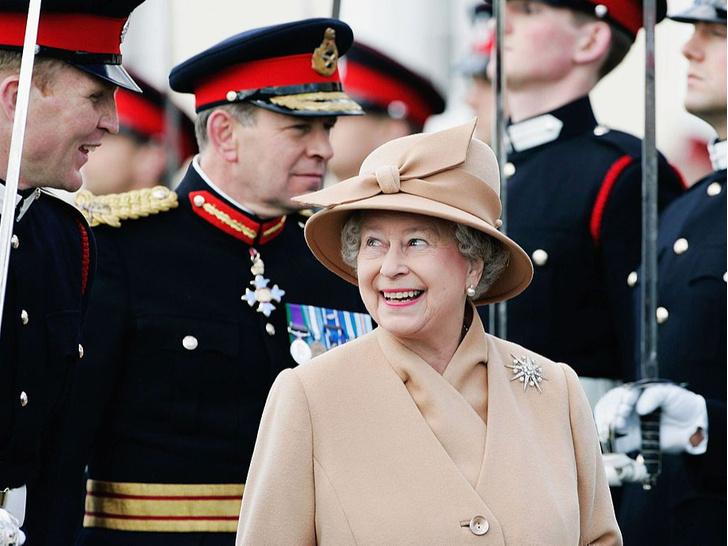 Фото №2 - Странности Короны: почему Елизавета II носит титул герцога Ланкастера (а не герцогини)