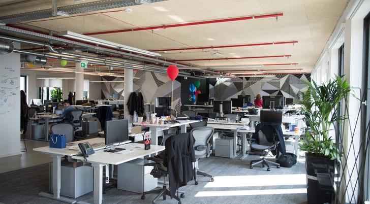 Фото №1 - Ученые выяснили, что загрязненный воздух в офисах снижает продуктивность сотрудников
