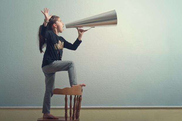 Фото №1 - «Дочка раздражает меня манерой говорить»
