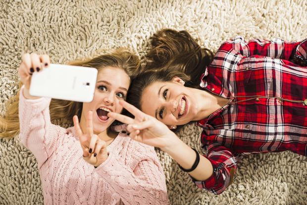 Фото №8 - Словарь модных слов: как общаться в соцсетях