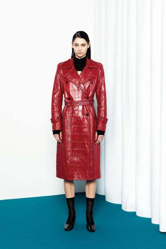 Фото №17 - Полный гид по самой модной верхней одежде на осень и зиму 2021/22