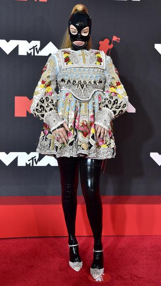 Фото №40 - Премия MTV VMA 2021: лучшие, худшие и самые яркие образы церемонии