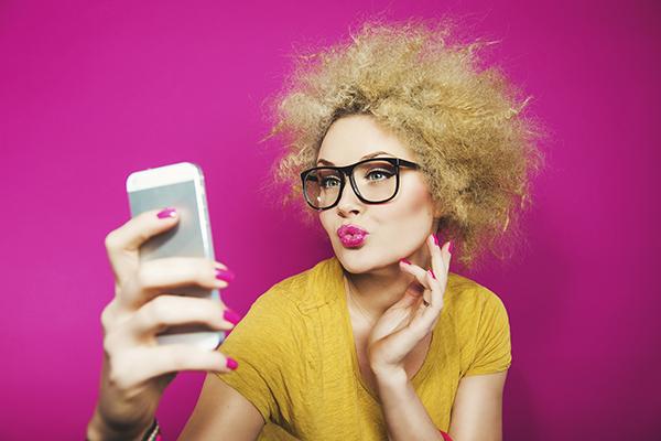 Фото №1 - Лифтолуки и фитоняшки: что говорит о тебе твоя страничка в соцсети