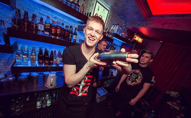 Форма барменов в ночном клубе популярные ночные клубы в