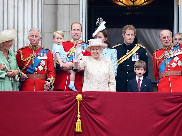 Фото №2 - Народная любовь: кто стал самым популярным членом королевской семьи в 2020 году